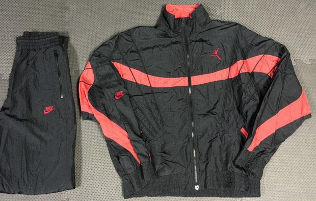 air-jordan-track-suit-infrared-1.jpg